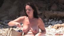 big-milfy-boobs-103