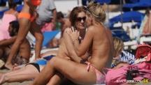 topless-oldies.Still006