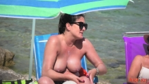 boobs-and-chairs-22-104