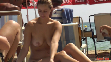 reading-boobs-104